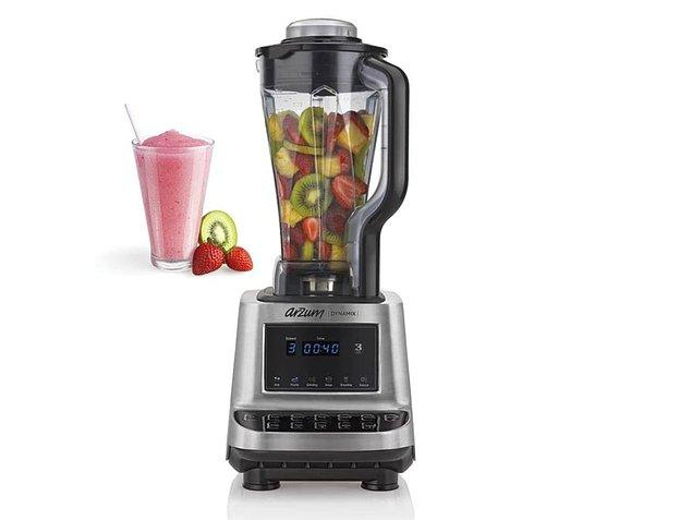 4. Arzum AR1028 Blender, şu dönemde bolca tüketmemiz gereken meyve ve sebzelerin suyunu elde etmeniz için ideal.