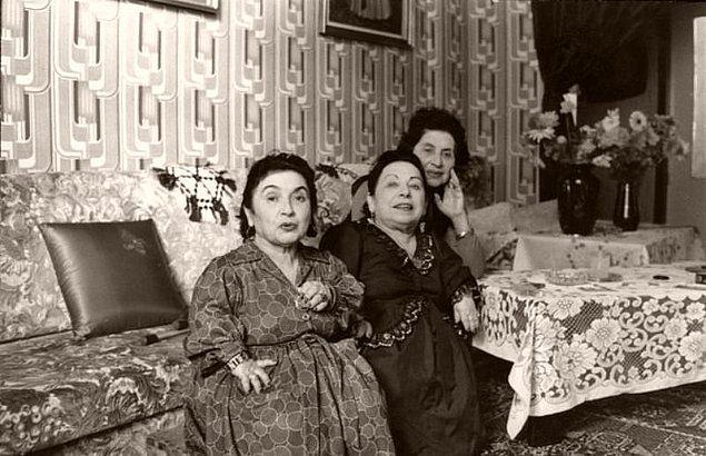 Dr. Mengele cüce ailesi üzerindeki deneyleri Sovyetlerin kamptakileri kurtardığı 27 Ocak 1945 yılına kadar sürdürdü.