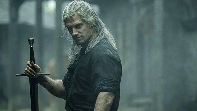 'The Witcher' ilk sezonu toplamda 8 bölümden oluşan, Polonyalı yazar Andrzej Sapkowski'nin aynı isimli romanından uyarlanan bir fantastik dizidir.