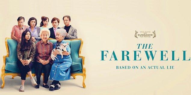 """Bugünün ilk filmi Çin'den geliyor. Yönetmenliğini Lulu Wang'ın yaptığı 2019 yapımı """"The Farewell"""" (Elveda), 2020 yılı Golden Globes'da """"Golden Globe"""", BAFTA Awards'da da """"BAFTA Film Award""""'a aday olmuş. Başka birçok film festivalinden de ödüllerle dönmüş."""