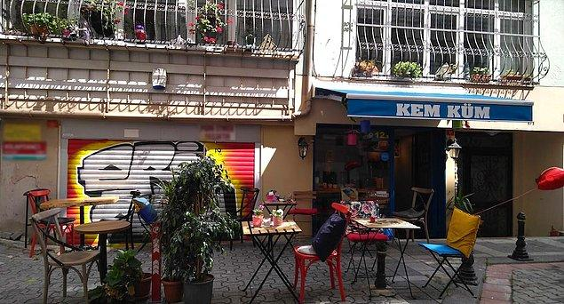 2. Kem Küm Cafe