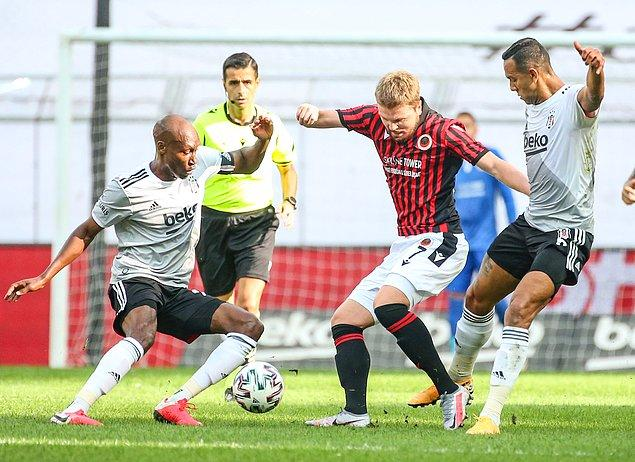 Üstünlüğünü ikinci yarıda da sürdüren Gençlerbirliği maçtan 3 puanla ayrıldı.
