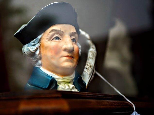8. George Washington aslında Washington D.C.'de hiç yaşamamıştır.