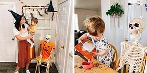 Малыш подружился со скелетом, которого купили его родители в качестве украшения на Хэллоуин