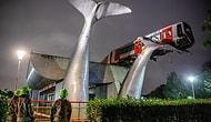 Поезд врезался в барьер на голландской станции и приземлился на гигантскую скульптуру кита на высоте 7 метров