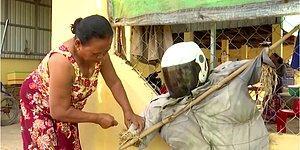 Жители камбоджийской деревни отпугивают коронавирус с помощью...огородных пугал, и, похоже, весьма успешно