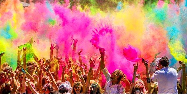 11. Renklerin arasında kaybolabilirsiniz!