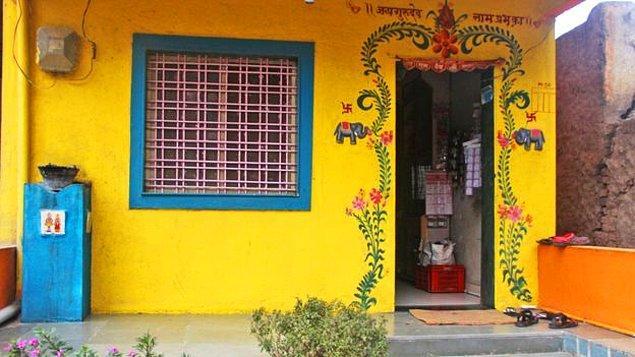 15. Shani Shingnapur'da evlerin, dükkanların kilitleri ve kapıları yoktu. Boşuna çalmak için kapı veya anahtar aramayınız...