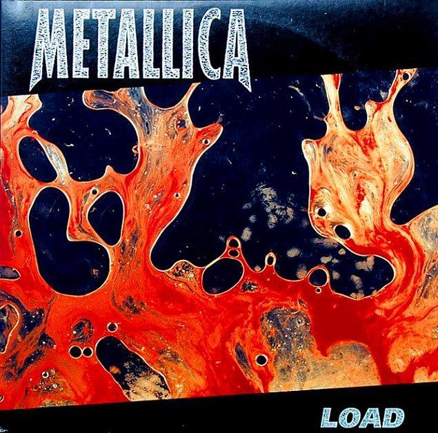 """6. """"Load"""" albüm kapağında üyelerin döl, kan ve tükürüğü karıştırılıp iki cam arasına bastırılarak yapılmıştır."""