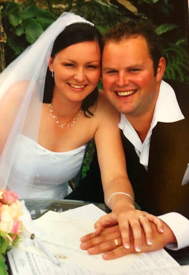 Fakat Corey ve Kelly 18 ay içerisinde kanser nedeniyle hayatlarını kaybettiler ve eşleri Katrina ve Nathan ise birbirlerini hep teselli ettiler.