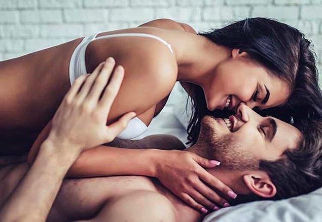 Şimdiki cinsellik algısıyla taban tabana zıt olmasa da belirli yerlerde ayrılıyor. Ama amaçlar ortak, uzun süren cinsel haz!