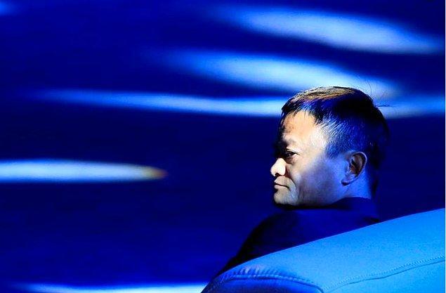 7. Alibaba ismini bilip bilmediklerini San Francisco'da sokaktaki insanlara sormuştur.