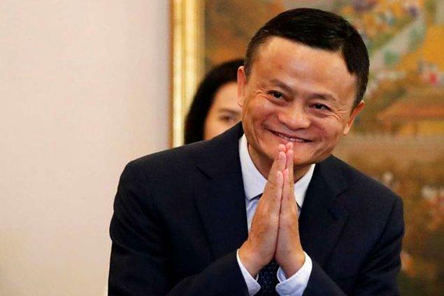 8. Jack Ma, Forbes dergisinin kapağına çıkan ilk Çinli girişimcidir.