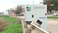 Bariyerlerde Geziyor: Trafik İhlali Yapanlar Robota Yakalanacak