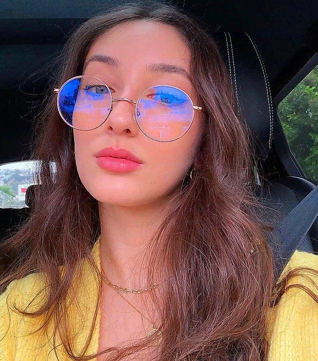 3. Amerika'da yaşayan genç YouTuber Nil Sani, yayınladığı lise videosuna gelen yorumlar nedeniyle videosunu Türkiye'den erişime kapattı!
