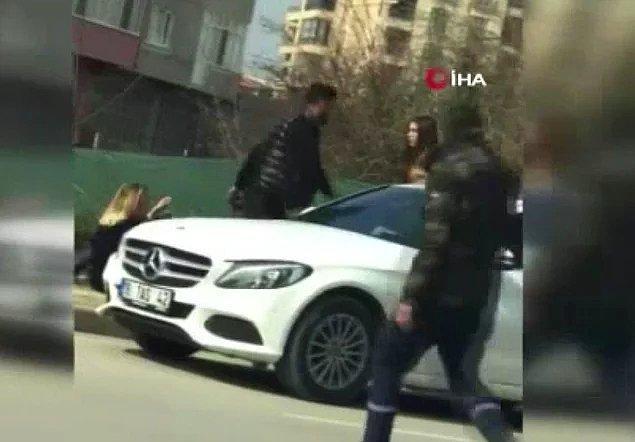 2. Kadınlar Günü'nde kız arkadaşını araçtan indirip sokak ortasında darbeden adam...