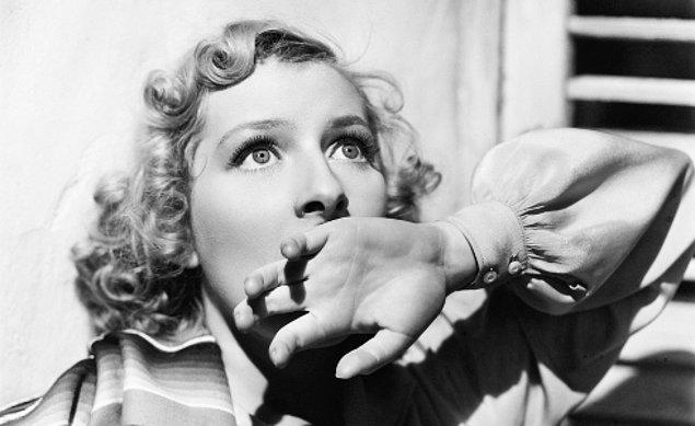 Hastalığı nedeniyle 'dünyanın en korkusuz kadını' olarak ünlenen SM, film testlerinde yalnızca merak ve heyecan duygusu yaşar.