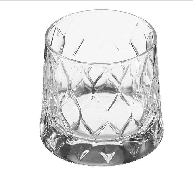 1. Bu bardağa ''su bardağı'' deyip geçmek haksızlık olur...