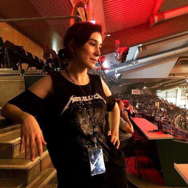 Metallica konserine gitmiş,