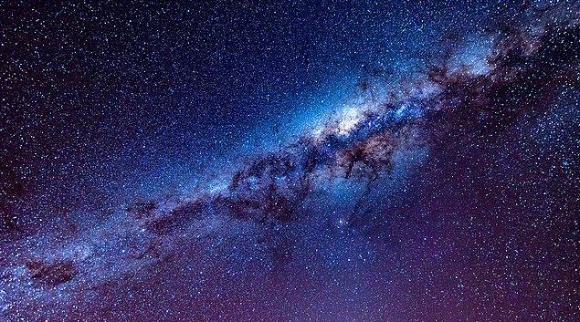 Araştırmacılar, çalışmada 10 uzak galaksiyi ve merkezlerindeki süper kütleli kara delikleri inceledi.