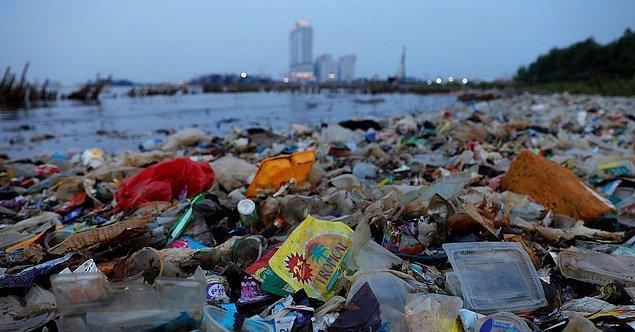 İçinde yaşadığımız dünyaya ve gelecek nesillere karşı sorumluluğumuz olmasına rağmen çevreyi hiçbir zaman yeterince korumuyoruz.