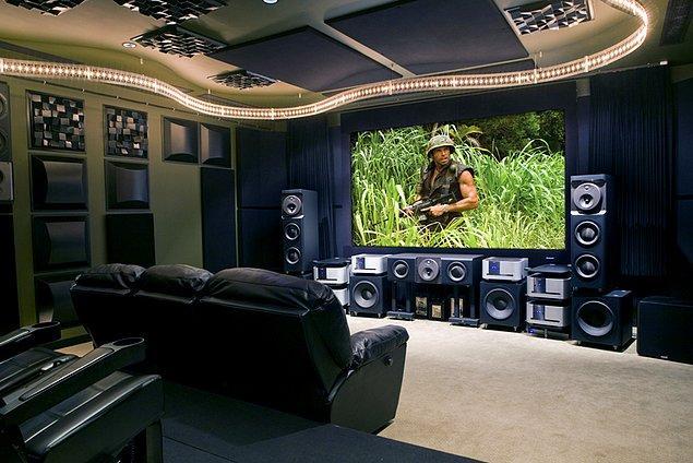 2. Kaliteli bir ses sistemi olmadan sinema keyfini tam olarak yaşayamazsınız.