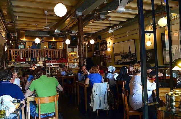Kafe ve Restoranlar Bugün Açık Olacak Mı?