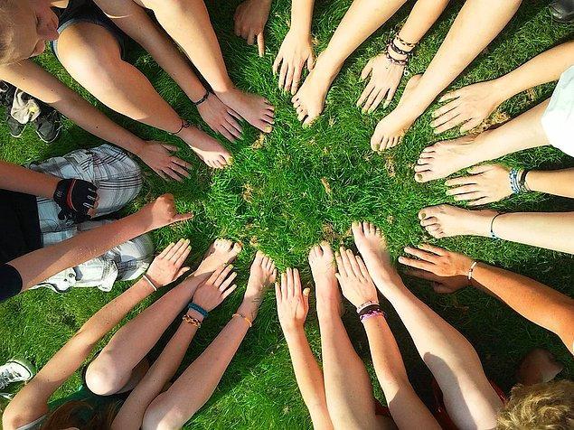 Ülkemiz açısından kolektif yaşamı kısaca bu şekilde ifade edebiliriz. Peki, bu ne demek?