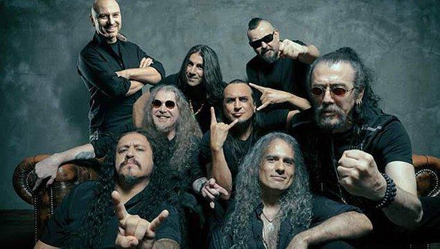 Türkiye dışında Mezarkabul adıyla da bilinen metal müzik devimiz Pentagram 1987'de Hakan Utangaç ve Cenk Ünnü tarafından kuruldu.