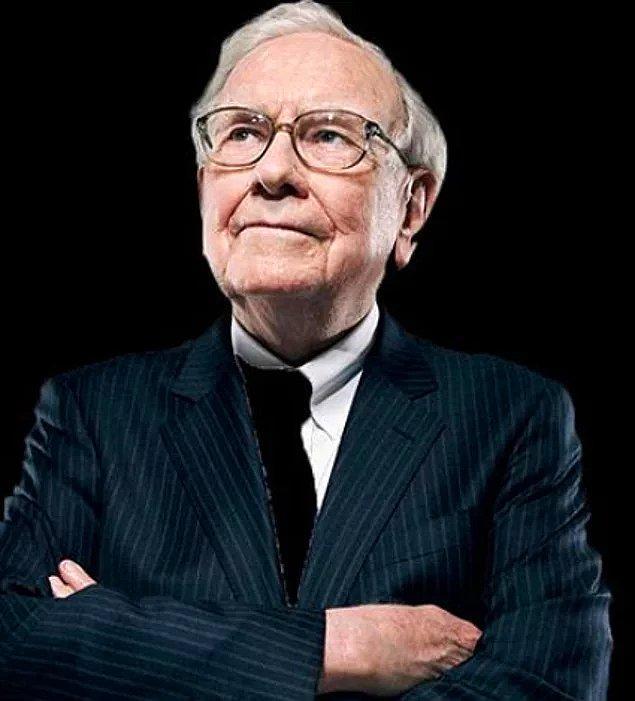 Uzun ve tempolu gününün ardındansa uyumanın kendisi için çok önemli olduğunu belirten Buffett, genelde 10:45'de uyuyor.