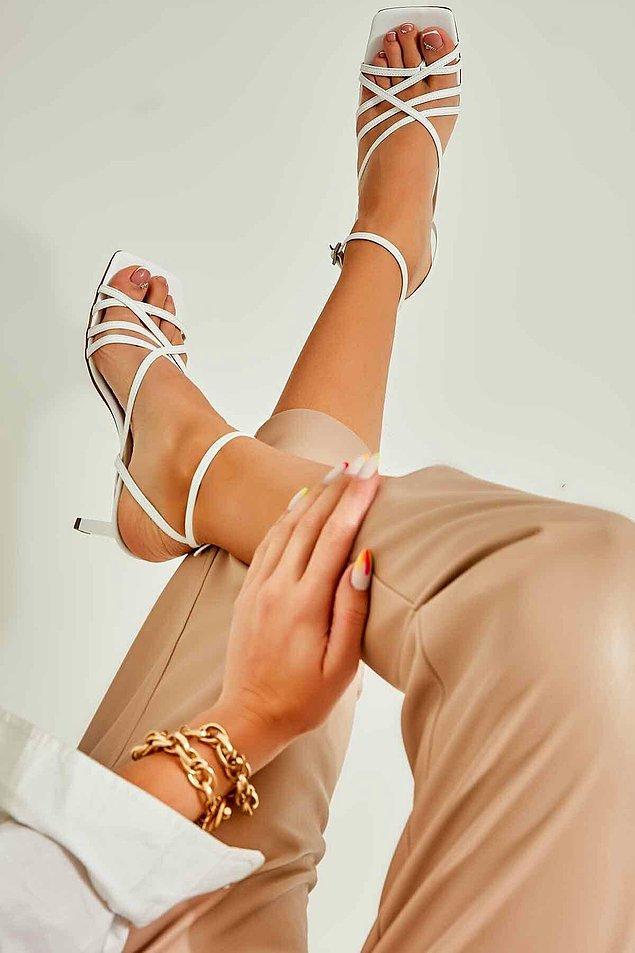 1. Bu yaz bu ayakkabılar yine moda.