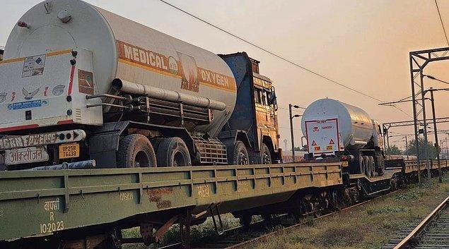 Ülkede birçok eyalete trenle oksijen taşınıyor