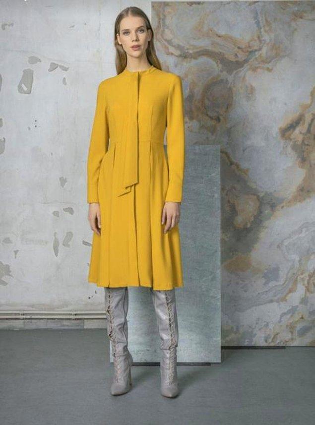 1. Safiye'nin ilk buluşmasında giydiği elbise Birelin markaydı.
