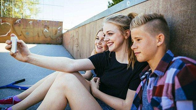 15 yaşından önce sosyal medya hesabı açmayın