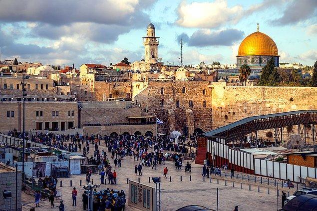 Kullanıcının belirttiğine göre, Doğu Kudüs'te ele geçirilmeye çalışılan bir mahalle bulunuyor.