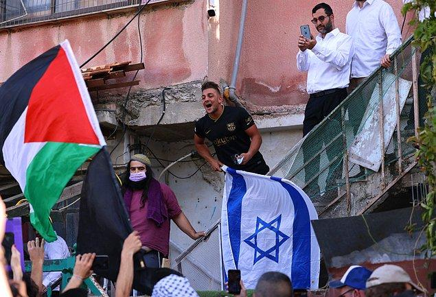 Kullanıcı son olarak Amerika'nın her yıl İsrail'e 3.8 milyar dolar yardımda bulunduğunu belirtti.
