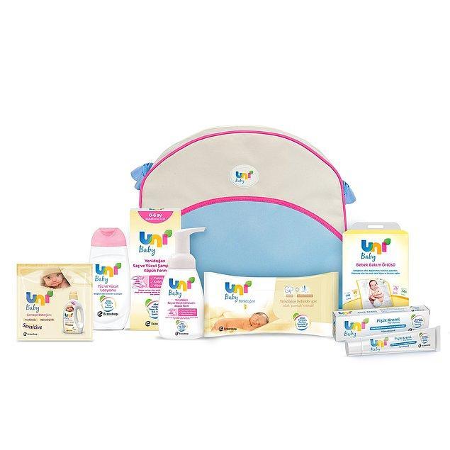 4. Uni Baby'nin yenidoğan bakım çantası setinde yok yok!