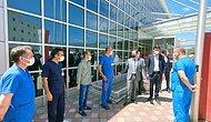 Tepki Çeken Fotoğraf: Sağlıkçılar AKP İl Başkanının Önünde Hazır Kıta
