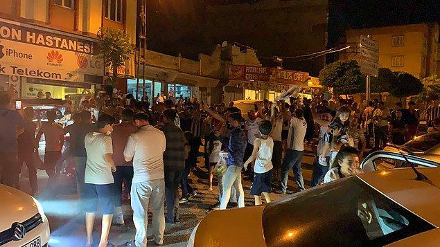 Gaziantep'te Beşiktaşlı taraftarlar şampiyonluğu coşkuyla kutladı.