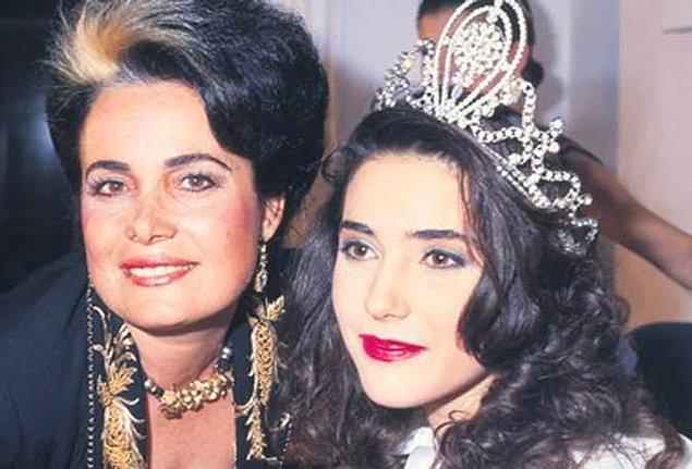 49. Yasemin Baradan (1989)