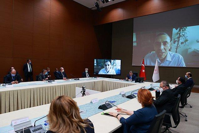 BioNTech CEO'su Prof. Dr. Uğur Şahin: '120 milyon doz olarak imza attık' 👇