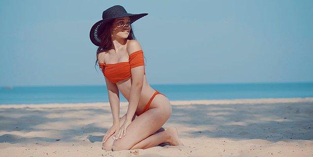 7. Büyük göğüslüler için uygun bikiniyi bulmak çok zor olabiliyor.
