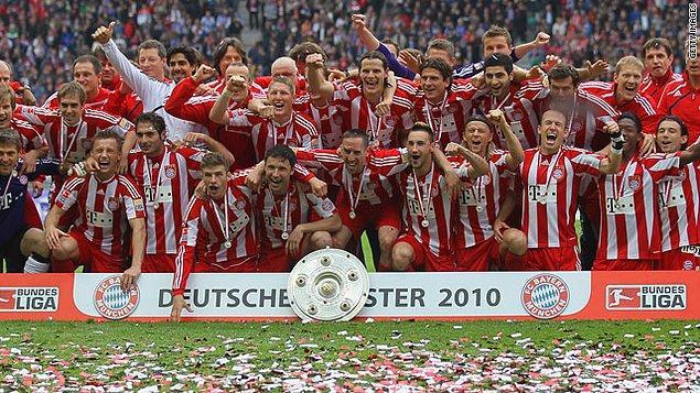 4. Hamit Altıntop / 2009-2010 / Bayern Münih