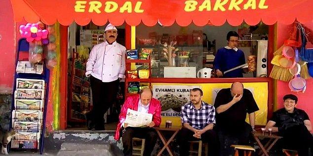 Ancak Leyla ile Mecnun'un Erdal Bakkal'ı Cengiz Bozkurt kadro için bir türlü ikna edilememişti.