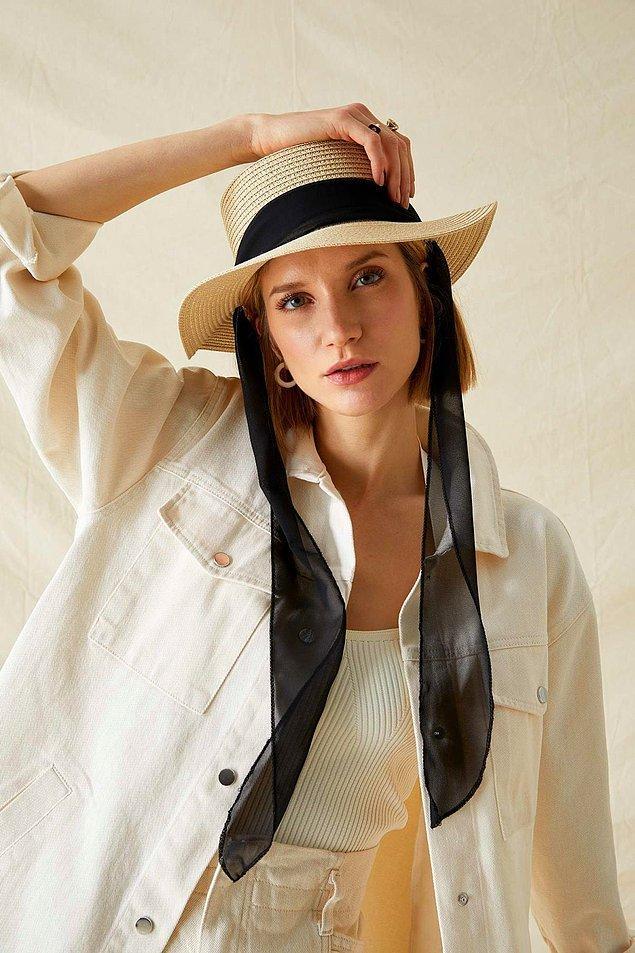 9. Bir şapka, görünüşünü bambaşka bir boyuta taşıyabilir...