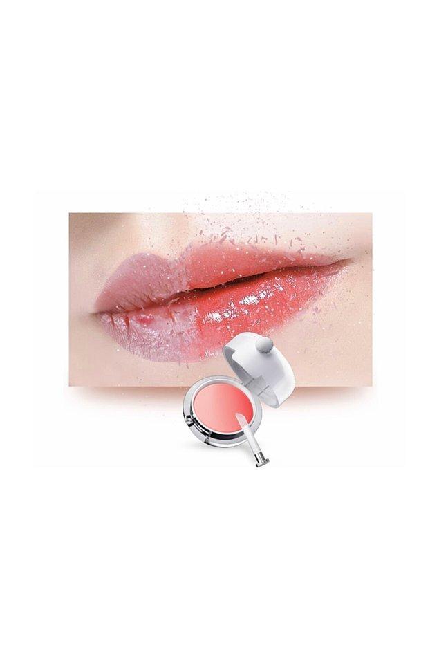 9. Çok sık olmasa da dudak maskelerinden yararlanabilirsiniz.
