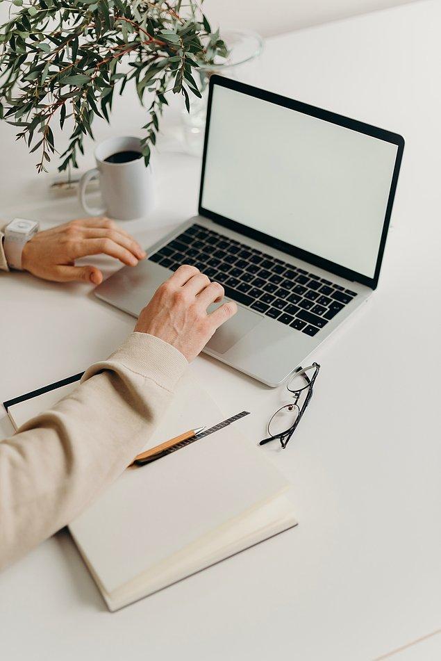 2. Telefon ve bilgisayar ekranını temizleyin