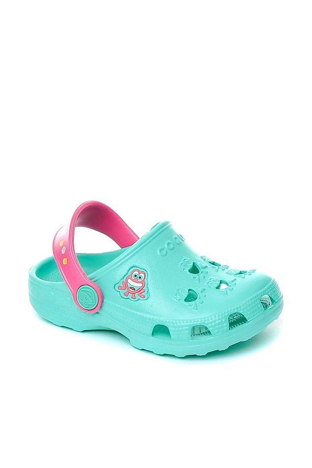 3. Çok kaliteli ve de rakibine göre oldukça uygun fiyatlı olan bir sandalet bu.
