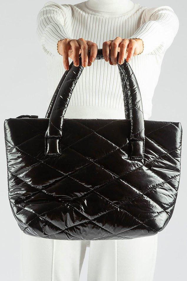 2. Tüm eşyalarınızı sığdıracağınız şık bir çanta.
