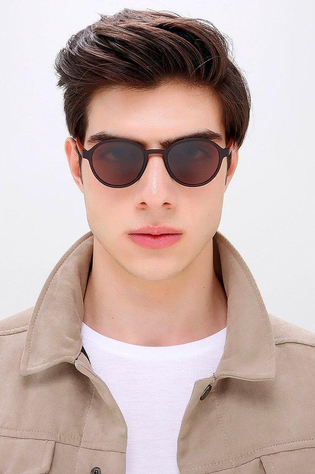 1. Bu yaz alınacak en güzel hediye bir güneş gözlüğü.
